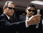 hombres-de-negro-recreoviral-1.jpg