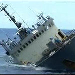 barco-hundido--575x323[1].jpg
